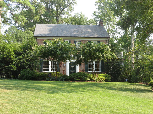 6431 Roselawn Road Richmond, Virginia